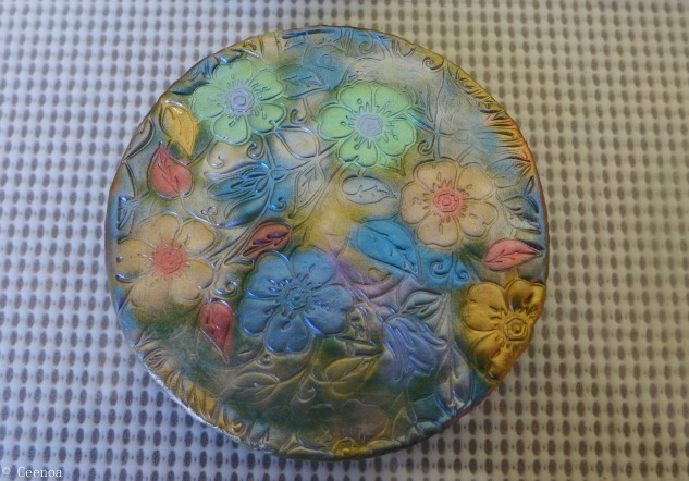 Flowers - Polymer Clay on Tin Lid