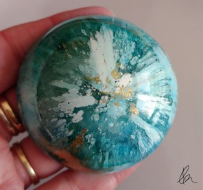 Ink&Resin Paperweight Dome