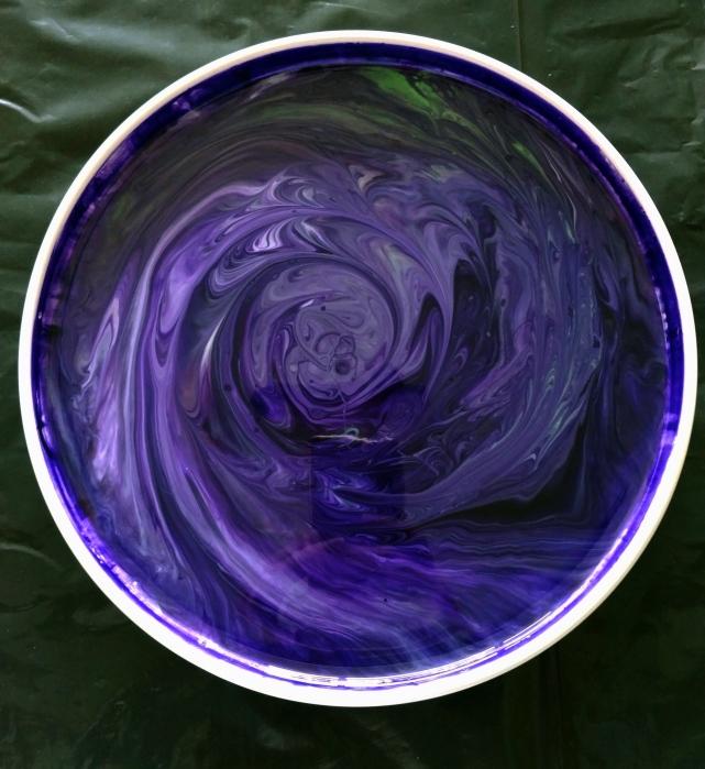 Resin Pour on Stoneware Platter