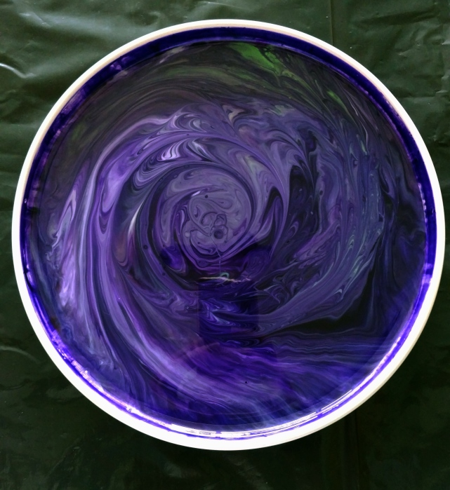 Resin Pour on Stoneware Platter