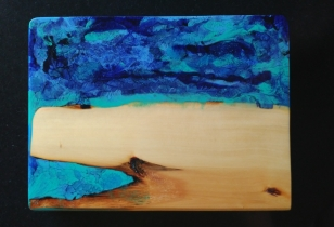 """""""Inlet"""" Huon Pine & Resin Serving Board"""